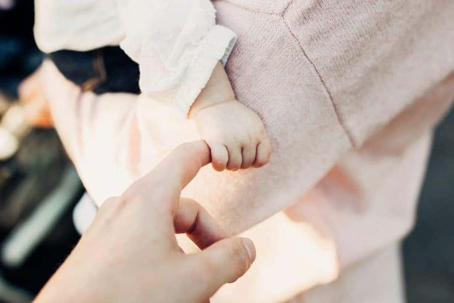 dedo de bebé
